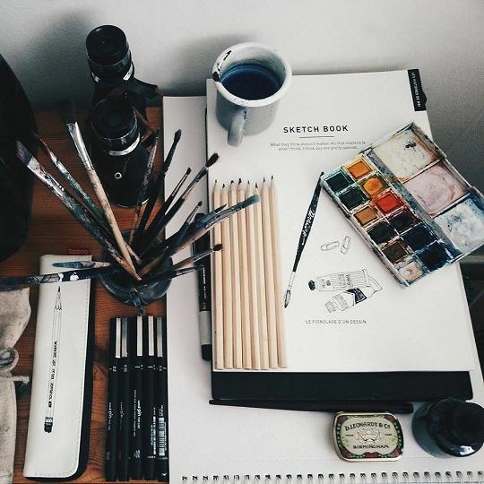 謝天下文具系列:筆勝於劍